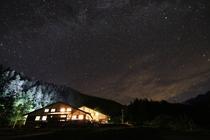 外観 夏の夜空