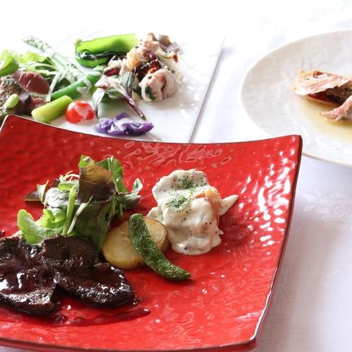 北海道産鹿肉と上富良野ポークのフルコース料理