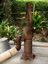 【レトロ】井戸水汲んでみますか?