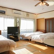 *【客室一例】和室10畳。日の差し込む明るい和室です。ベッドなので幅広い世代の方にも◎。