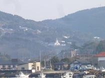 大江漁港からの大江天主堂(平野屋旅館・食事処「辨」から150メートル)