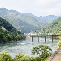 *[宿周辺の様子]アクティビティが盛んな球磨川までは車で5分♪