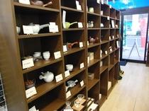 併設の伝統工芸品店