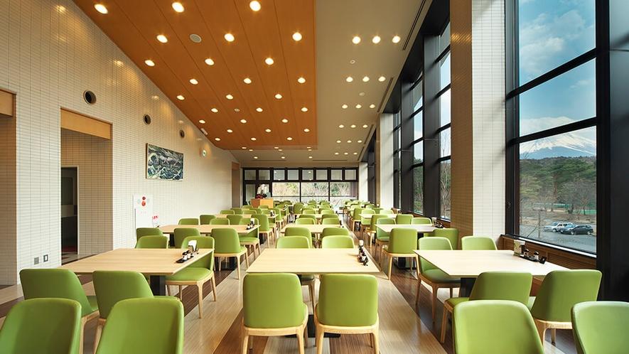 2階レストラン 富士