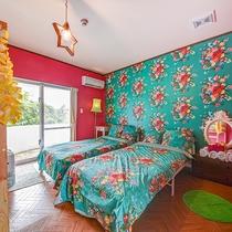 *【ファミリールーム一例】シングルベッド2台と2段ベッドのある、ご家族向けのお部屋です。