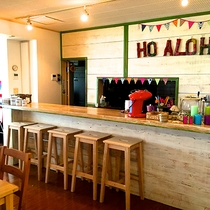 *CAFE&BAR/ランチ&ディナー営業の他フリーラウンジとしてご利用いただけるスペース。