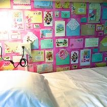 *女性専用ドミトリールーム一例/各枕元にライト、コンセント、スィッチ付き。