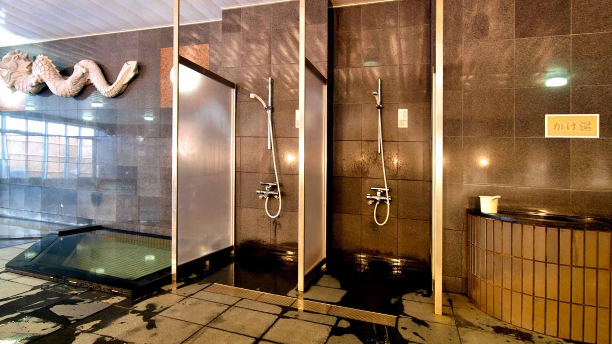 【大浴場】温泉成分に塩分が含まれておりますので、湯上りはシャワーで軽く洗い流してください。