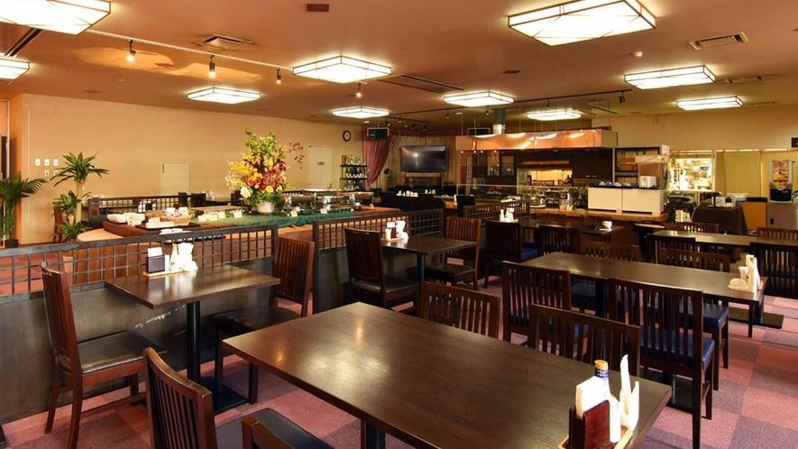 【レストラン】食事処がんこ亭では定食、丼物、麺類、鍋など、幅広いラインナップをご用意しております。