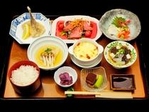 【宿泊の夕食膳一例】2500円