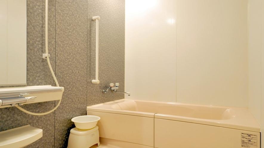 【和洋室】バスルームには士別温泉の湯が使われております。(飲用禁止)