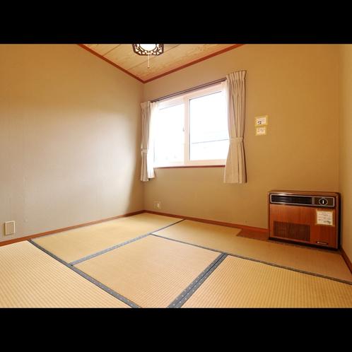 畳が落ち着くシンプル4.5畳和室。