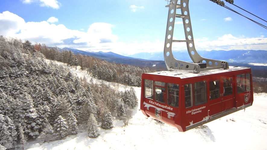 ★冬の北八ヶ岳ロープウェイ。日本アルプスと樹氷の林を眺めながら、標高2237Mの坪庭まで空中散歩。