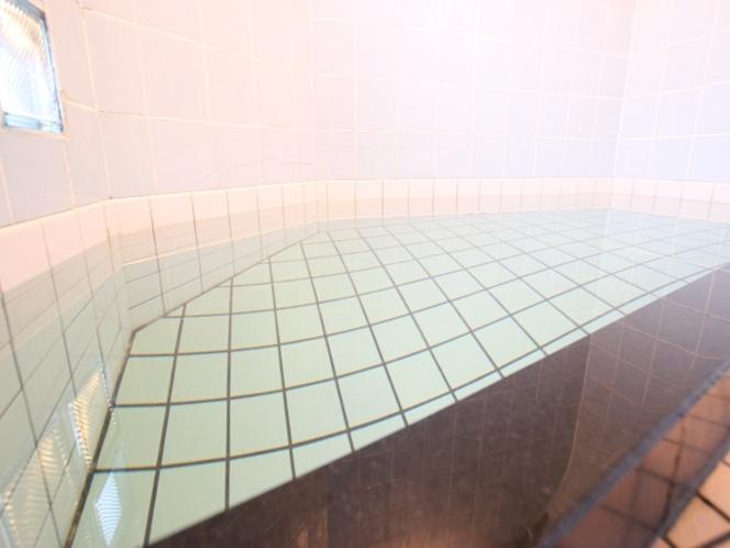 かけ流しの貸切風呂 ∥風呂∥ □ヽ(^▽^ ゞ。。。。