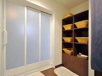 【共同浴室】浴室は15時~24時までご利用いただけます。