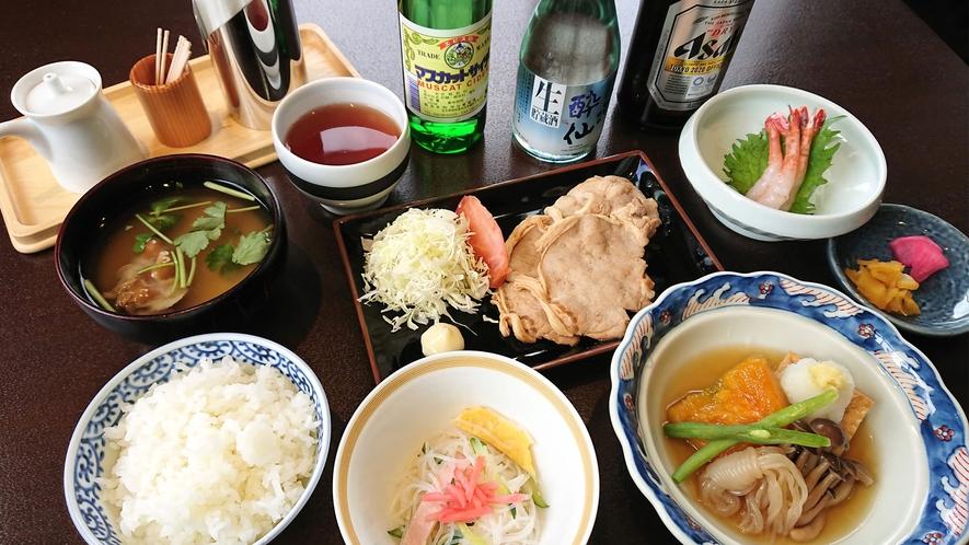 【夕食一例】家庭的な手作り日替わり夕食です♪