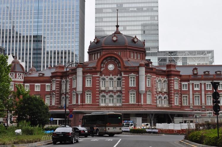 東京駅 秋葉原駅からJR線で約5分