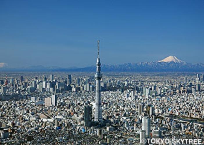 東京スカイツリー 秋葉原駅からJR線、都営浅草線を乗り継いで押上駅まで約15分