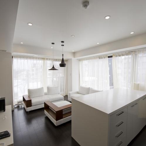 *1ベッドルームプレミアム室内一例/リビングには40インチの液晶TVがございます。