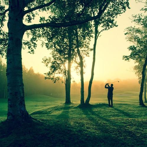 *ゴルフ/3つのゴルフコースを堪能!羊蹄山から昇る朝日を見ながらのプレーは最高!