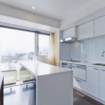 *2ベッドルームプレミアム室内一例/解放感のあるキッチンスペースでクッキング!