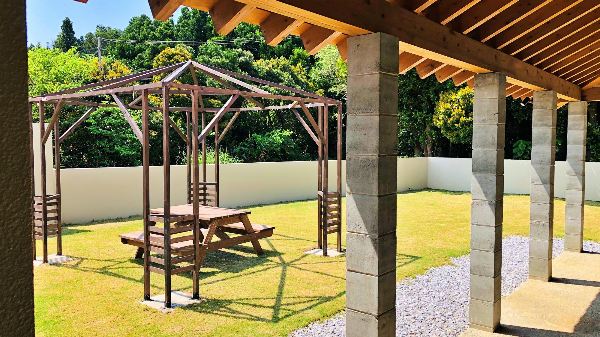 『VIP:フクギ』広いお庭で静かなゆったりとした時間を過ごせます