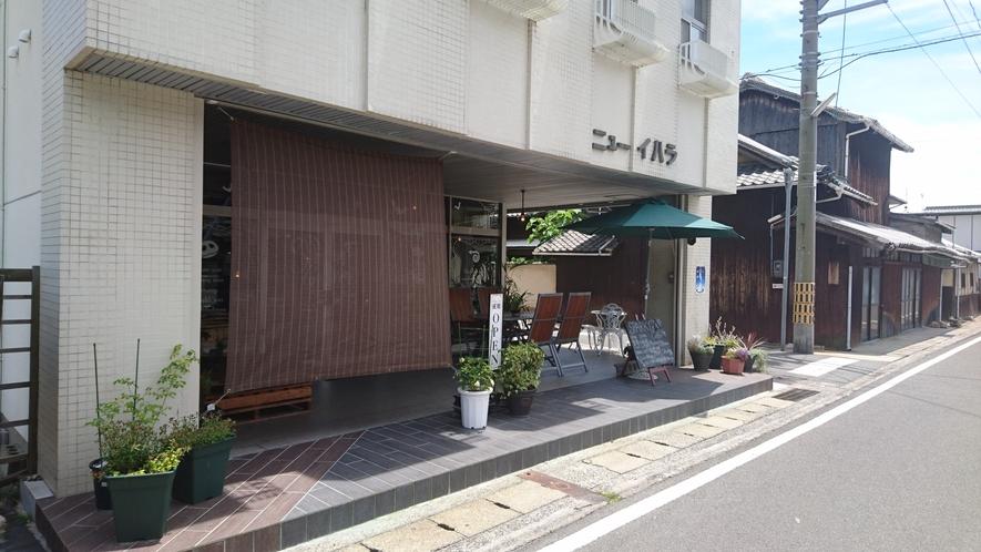 周辺の飲食店(朝食OK)