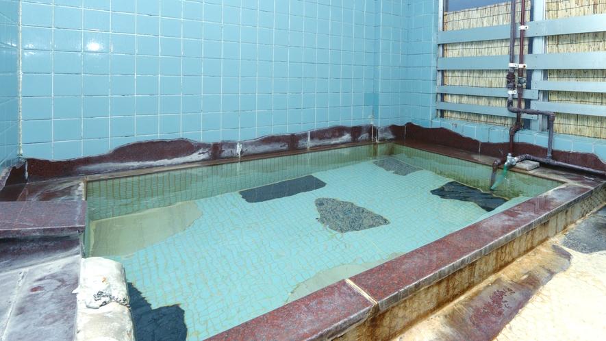 【お風呂】天然温泉100%の弱アルカリ性低張性高温泉です