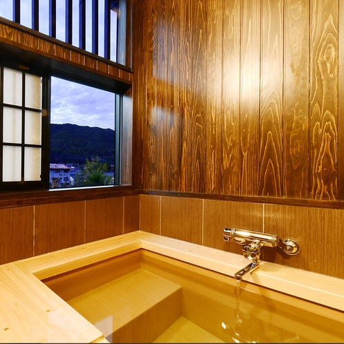 山彦客室一例 半露天風呂