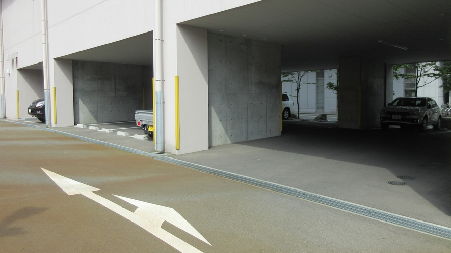 駐車場(屋内)