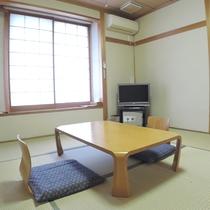 *【和室8畳】落ち着いた佇まいの和室です