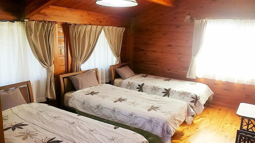 ベッドルーム(2F)