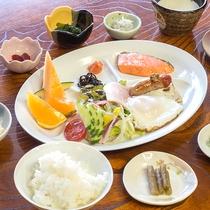 *朝食/小諸の旬の野菜や素材を取り入れた家庭の朝ごはん
