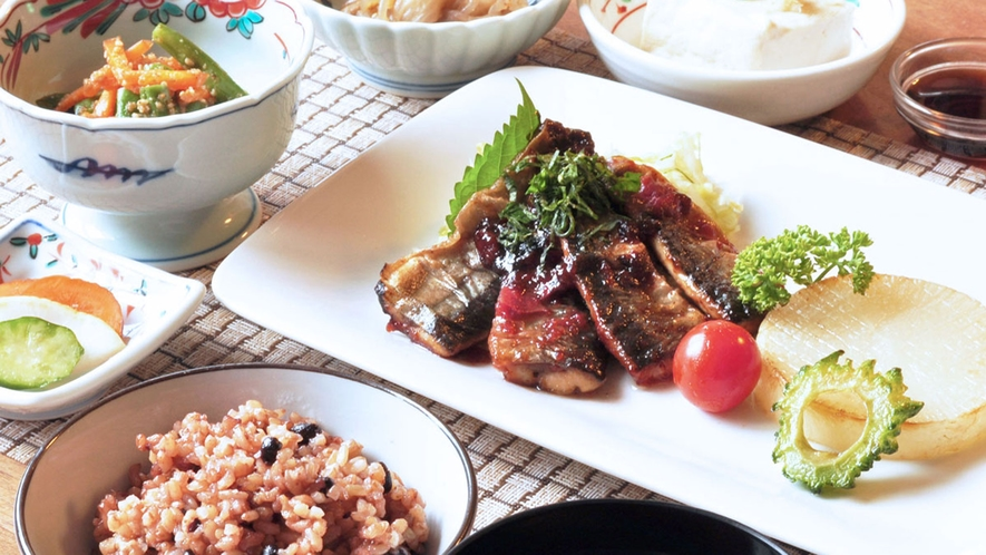 【お料理一例】日本元来の素食をコンセプトにした健康的なお食事