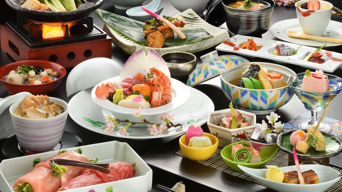 【最高級和会席】高級食材と地元会津料理が堪能できる当ホテル最高級の和会席。(一例)