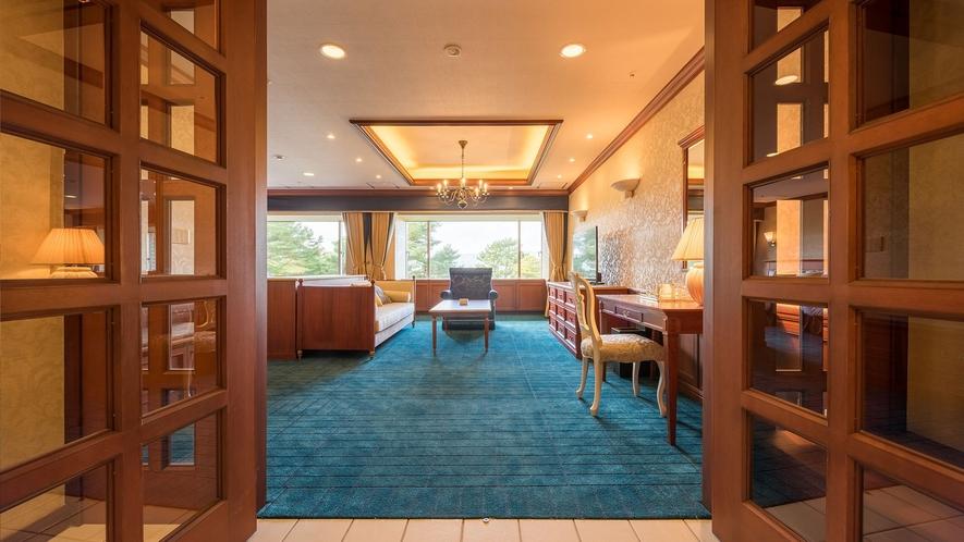 【レイクビュースイート】82平米。全室桧原湖側の広々とした贅沢なスイートです。