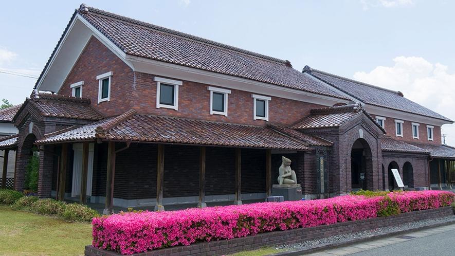 【喜多方市美術館】 常設展示はなく、企画展中心の美術館です。