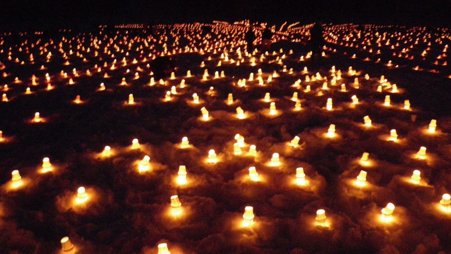 【裏磐梯まつり(毎年2月)】数々のキャンドルの灯りは息をのむ美しさ。