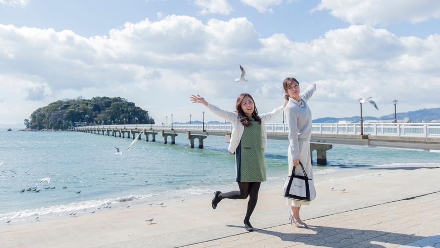 「竹島」へは徒歩で渡れます