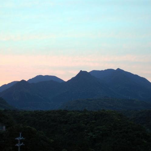 【大自然】いちばん尖っている山が《明星岳》