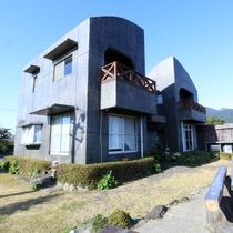 【癒しの館つわんこ】朝陽や夕陽・・・当館から屋久島の景色を一望できます♪