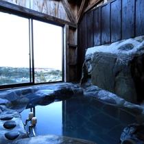 【半露天岩風呂】屋久島でいちばん眺めの良い半露天岩風呂のあるお宿です。