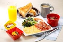 【ふわとろスクランブルエッグ朝食】 890円 (税込)