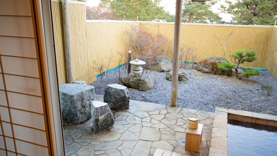 露天風呂付・和室 庭園