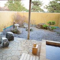 【露天風呂付・和室】庭園の様子
