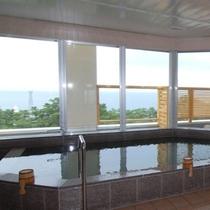 ≪宿泊者様専用展望浴室≫美肌効果も期待できるかも・・・!?
