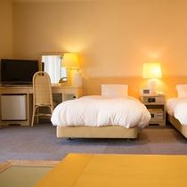 ■露天風呂付・和洋室■洋室スペース