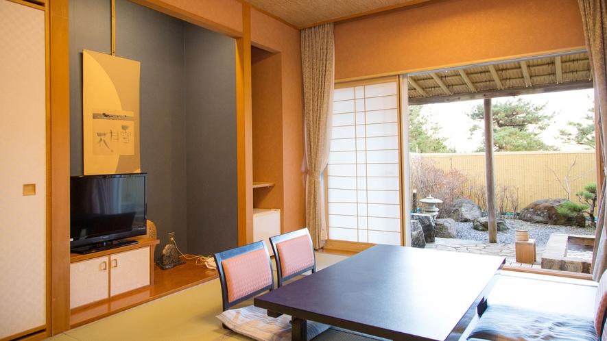 露天風呂付・和室 広さは10畳