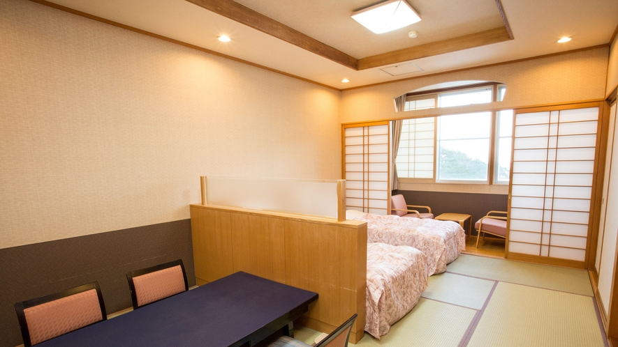 和洋室12畳・ツインベッド(トイレ付) 和室ですが、ベッドでお休みになりたい方におすすめ