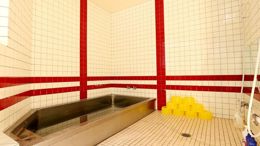 広々した開放感あるお風呂でリラックス